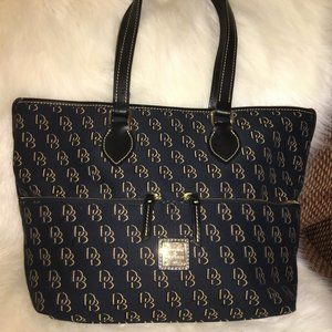 DOONEY & BOURKE Large Shadow Signature Tote NEW!